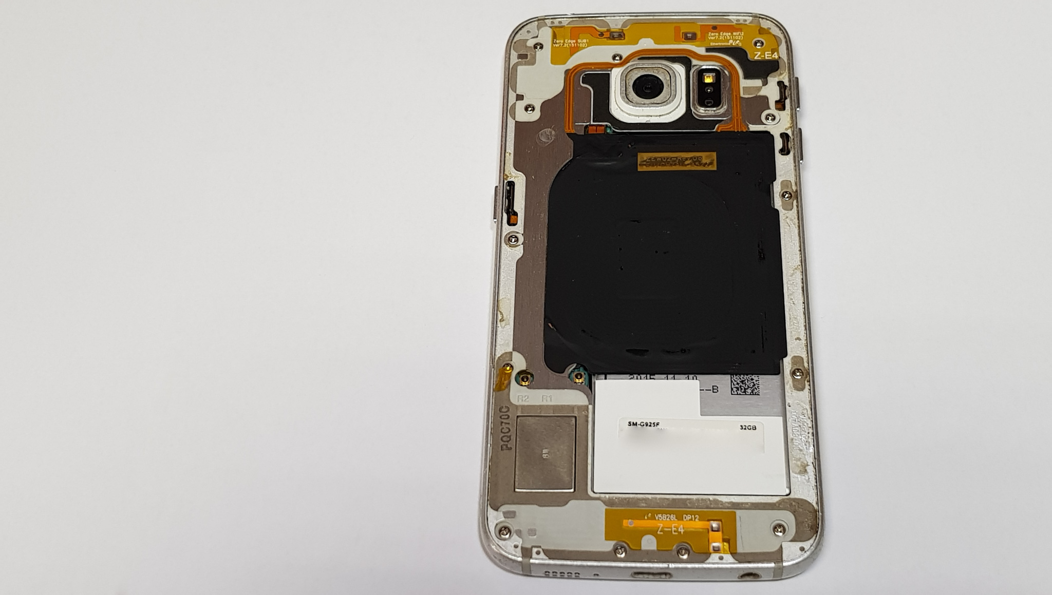 Подмяна на батерия на Galaxy S6 Edge